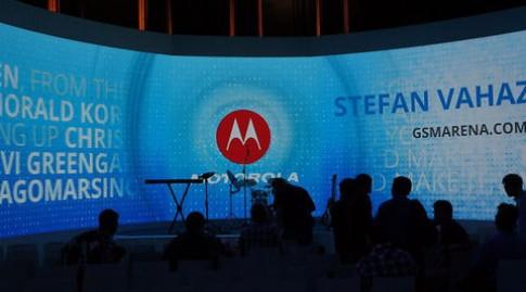 Bộ ba điện thoại Motorola đầu tiên từ khi gia nhập Google
