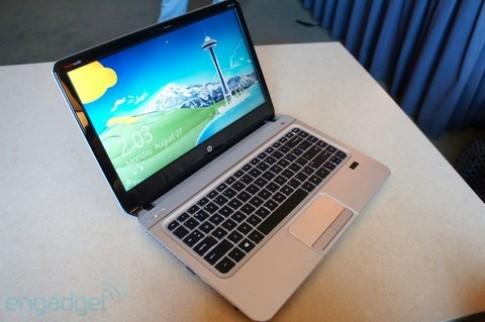 Bộ ba laptop HP mỏng, nhẹ, giá thấp
