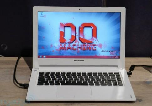 Bộ ba laptop IdeaPad giá từ 10,4 triệu đồng