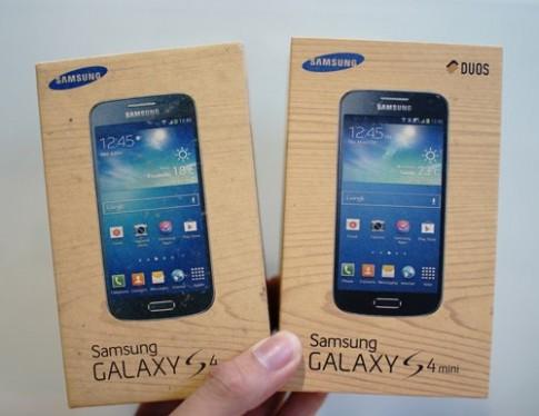 Bộ đôi Samsung Galaxy S4 mini về Việt Nam