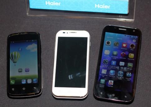 Bộ đôi smartphone bốn nhân mới giá thấp ở Việt Nam