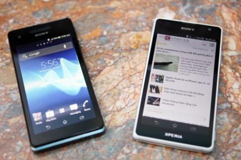 Bộ đôi Sony Xperia TX và V chính hãng về VN