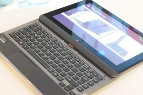 Bộ đôi ultrabook màn hình trượt tỷ lệ 21:9 của Toshiba