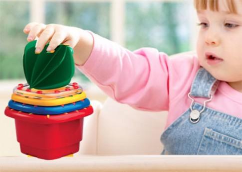 Bộ hộp xếp chồng cho bé 1 tuổi