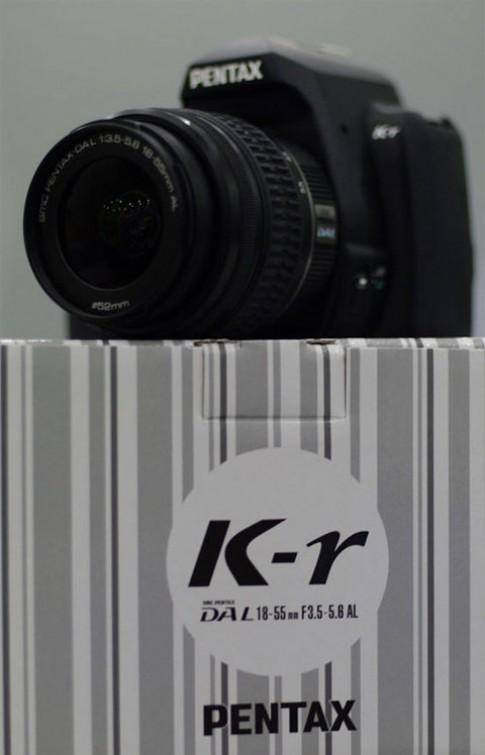 Bộ kit Pentax K-r giá 820 USD tại VN
