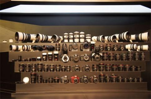 Bộ ống kính khủng của Canon