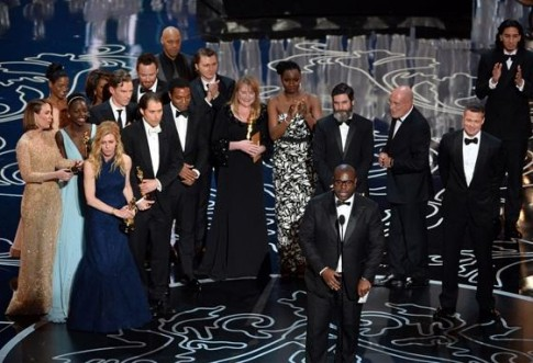 Bow tie len ngoi tai le trao giai Oscar 2014