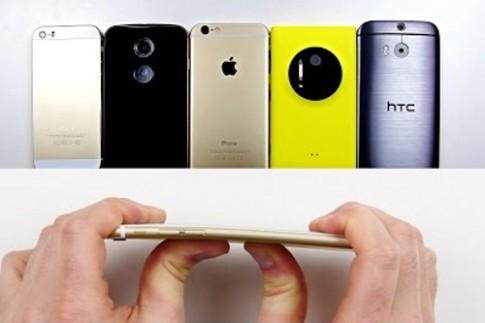 Các smartphone đọ khả năng uốn cong với iPhone 6 Plus