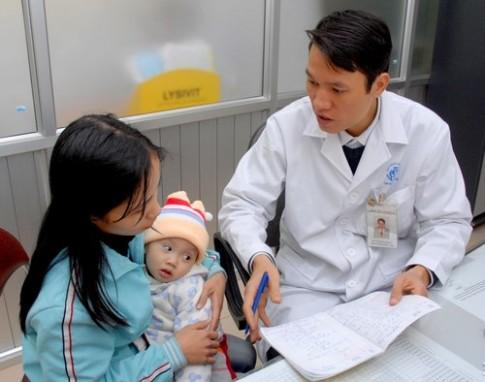 Cách chăm bé mới khỏi bệnh