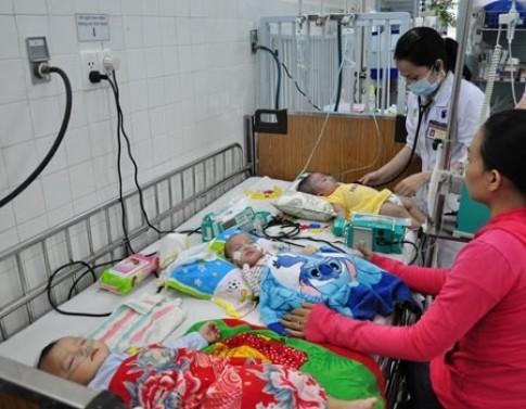 Cách nhận biết và chăm sóc trẻ viêm phổi