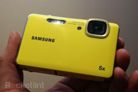 Camera chịu nước giá rẻ của Samsung