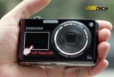 Camera hai màn hình giá bình dân