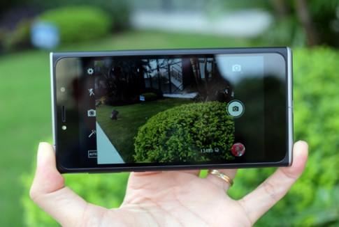 Camera trên OBI SF1: Nhiều tùy chỉnh, chụp tối chưa tốt