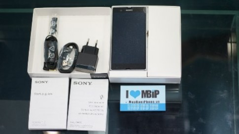 Cận cảnh 'dế' Sony Xperia Z siêu bền