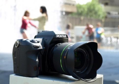 Cận cảnh Pentax K-7 quay phim HD