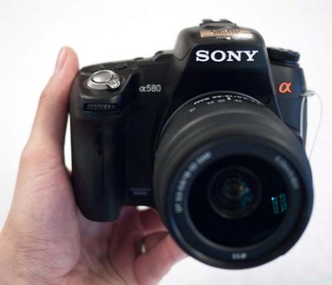 Cận cảnh Sony A580 quay video Full HD