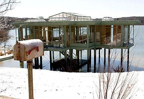 Căn nhà kính trong 'The Lake House'