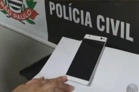 Cảnh sát Brazil tiết lộ hình ảnh smartphone không viền của Sony