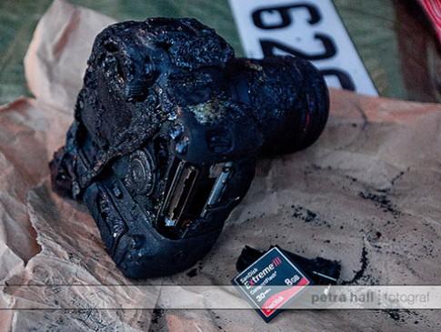 Canon 7D 'tử nạn' nhưng thẻ nhớ còn nguyên