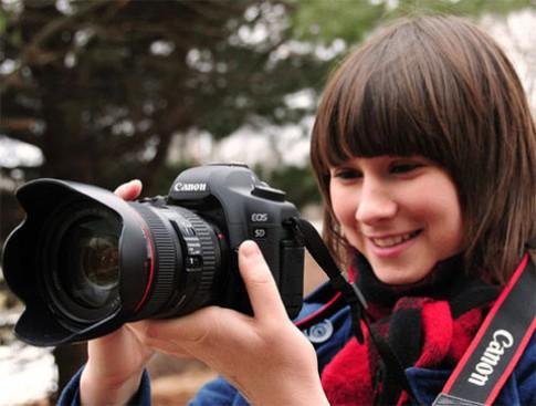 Canon khắc phục lỗi quay video trên EOS 5D Mark II