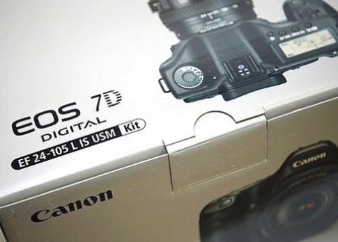 Canon sửa lỗi sọc đỏ ở ảnh chụp khi quay phim