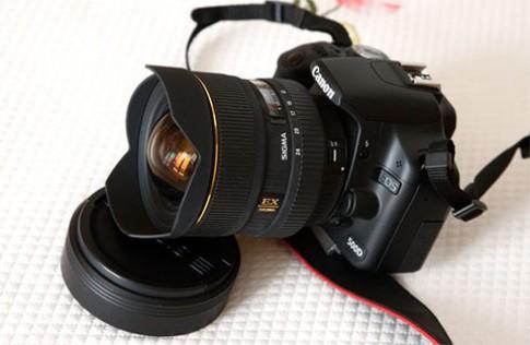 'Chợ' máy ảnh cũ sôi động dịp gần Tết