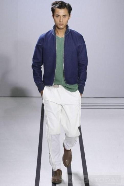 Chọn trang phục phù hợp với làn da nam giới