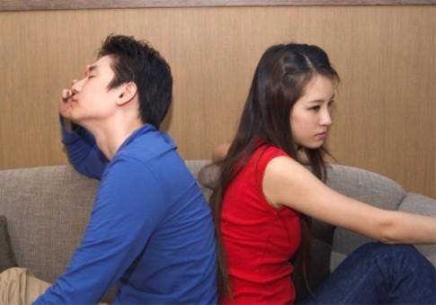 Chồng lừa vợ ân ái với kẻ khác để dễ bề ly hôn
