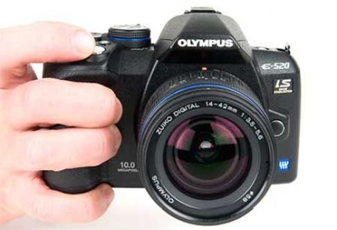Chống rung trong thân Olympus E-520