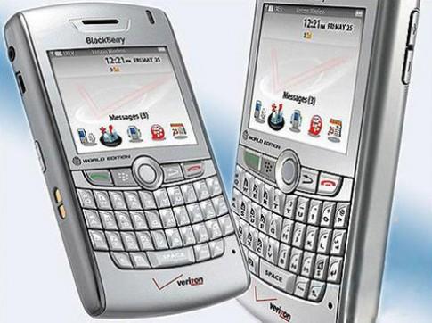 Cơ hội sở hữu Blackberry Verizon giá 1,3 triệu đồng