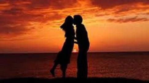 Có mấy ai thật lòng cầu chúc người yêu cũ hạnh phúc?