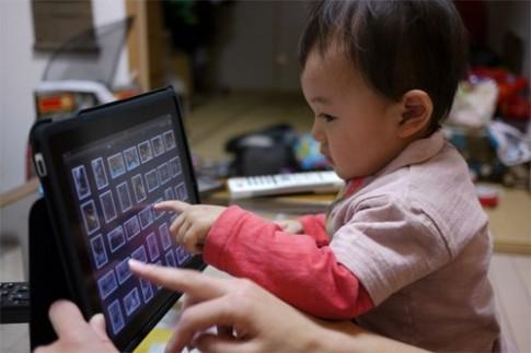 Có nên cho trẻ nhỏ sử dụng iPad?