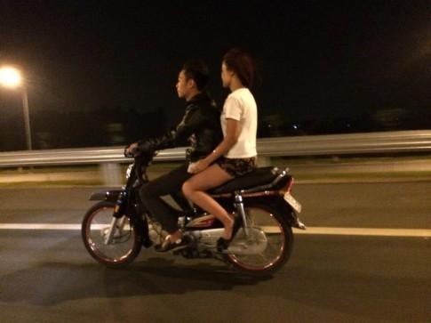 Con trai đi xe số - có thể khiến con gái tim đập rộn ràng ngưỡng mộ