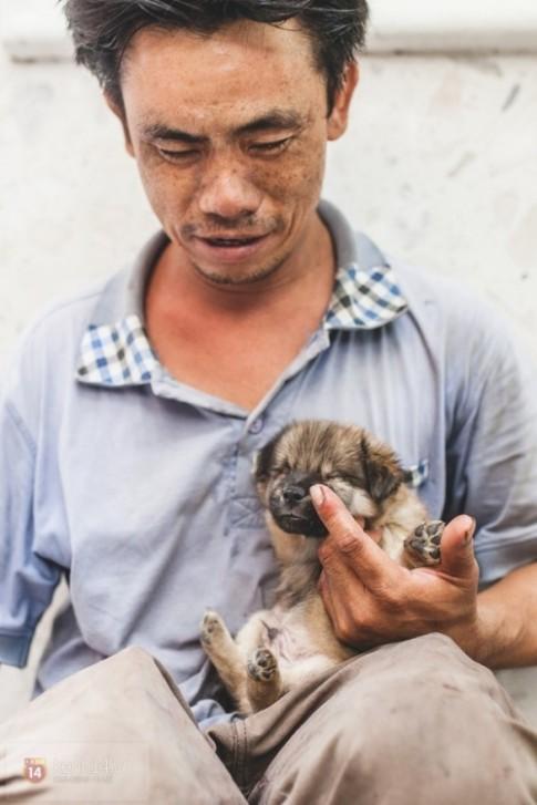 Cuộc sống hiện tại của anh đánh giày câm và chú chó mù: Hạnh phúc vẫn còn được viết tiếp