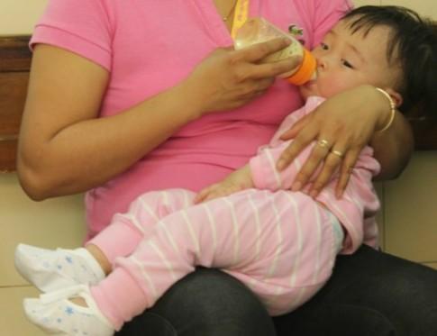 Đa số trẻ được mẹ cho ăn quá nhiều