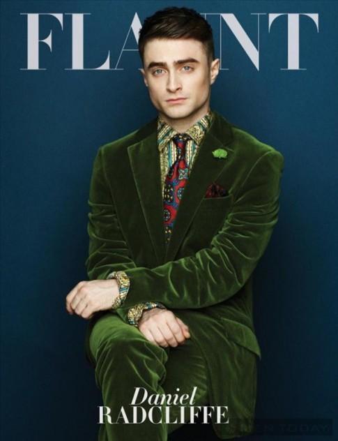 Daniel Radcliffe sang trọng và lịch lãm trên tạp chí Flaunt