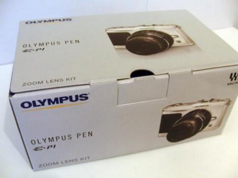 'Đập hộp' camera ống kính rời nhỏ nhất thế giới