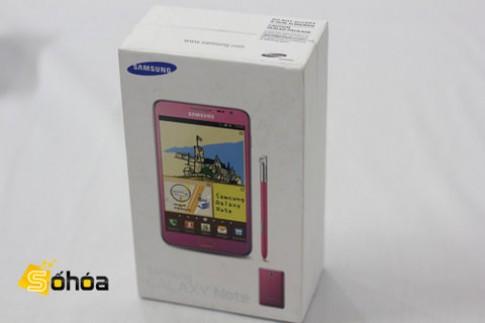 'Đập hộp' Galaxy Note màu hồng ở VN