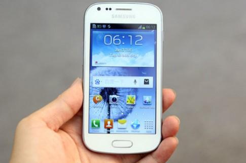 'Đập hộp' Galaxy S Duos 2 sim tại VN