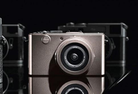 Đập hộp Leica D-Lux 4 Titanium L.E. tại Hà Nội