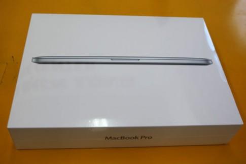 Đập hộp Macbook Pro Retina 13 inch tại TP HCM