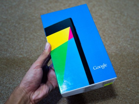 'Đập hộp' Nexus 7 thế hệ 2 tại Việt Nam