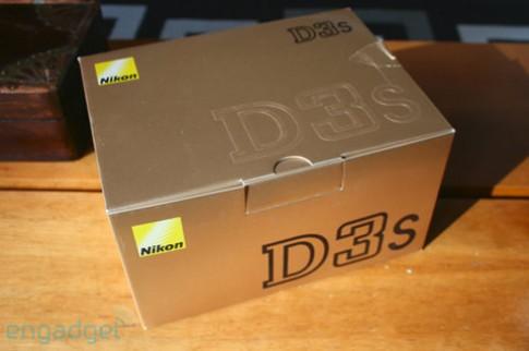 'Đập hộp' Nikon D3s