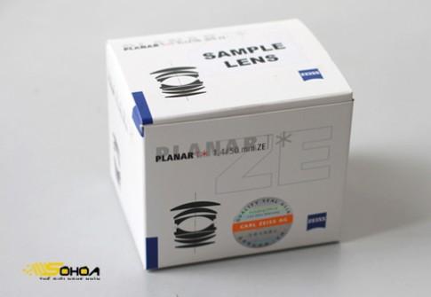 'Đập hộp' ống Carl Zeiss 50 mm f/1.4