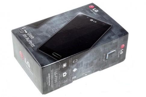'Đập hộp' Optimus L7 giá 7,8 triệu đồng