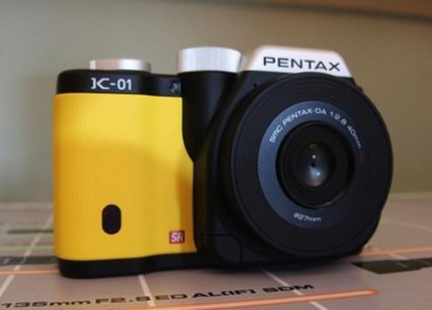 'Đập hộp' Pentax K-01