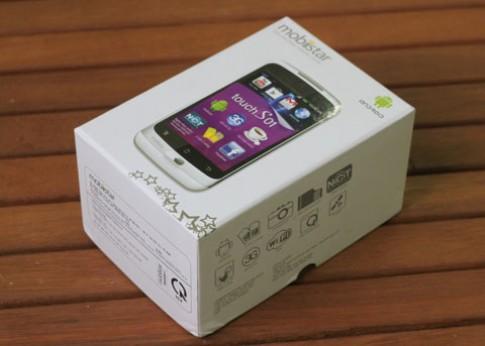 Đập hộp smartphone Việt giá rẻ