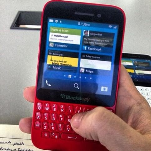 Điện thoại BlackBerry R10 giá rẻ lộ diện