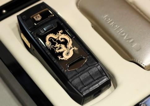 Điện thoại 'độc nhất vô nhị' giá nửa tỷ đồng của Tag Heuer ở VN