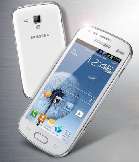 Điện thoại Galaxy S III cỡ nhỏ có 2 sim lộ diện